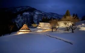 五箇山ライトアップ 白川郷と高山の旅
