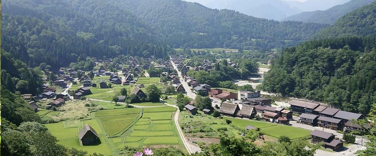 飛騨高山と合掌集落の世界遺産・白川郷と五箇山の旅【5日間】