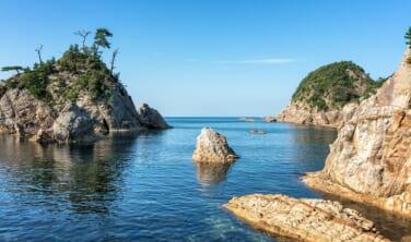 漁港を食す 鳥取の絶景海岸と旬のブランド岩牡蠣の旅【4日間】