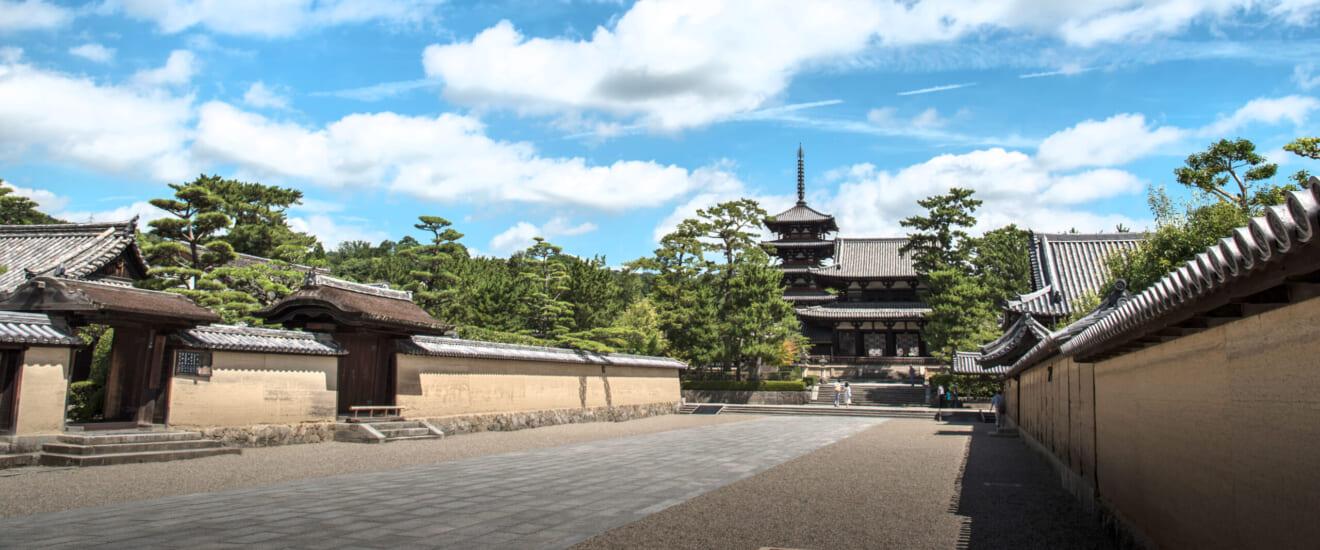「奈良の年越し」ゆく年くる年 老舗料亭「菊水楼」での正月料理と法隆寺門前「和空」の旅【4日間】