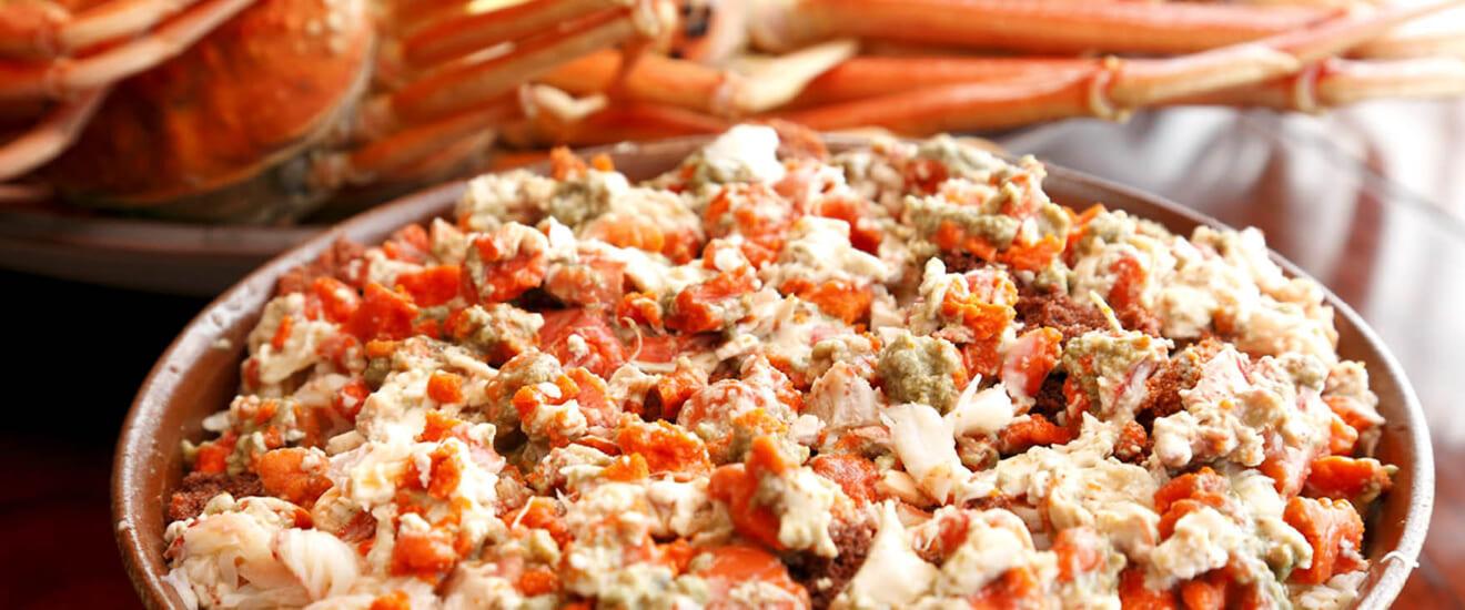 北陸珠玉の名店を訪ねて「香箱ガニ」と「開高丼」の饗宴の旅【2日間】