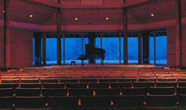 八ヶ岳高原音楽堂ジルベスターコンサートと諏訪大社初詣2022の旅【3日間】