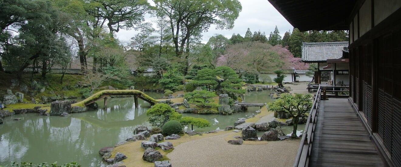 「京の冬の旅」特別公開もご案内 有形文化財長楽館と京の味覚を愉しむ旅 【4日間】
